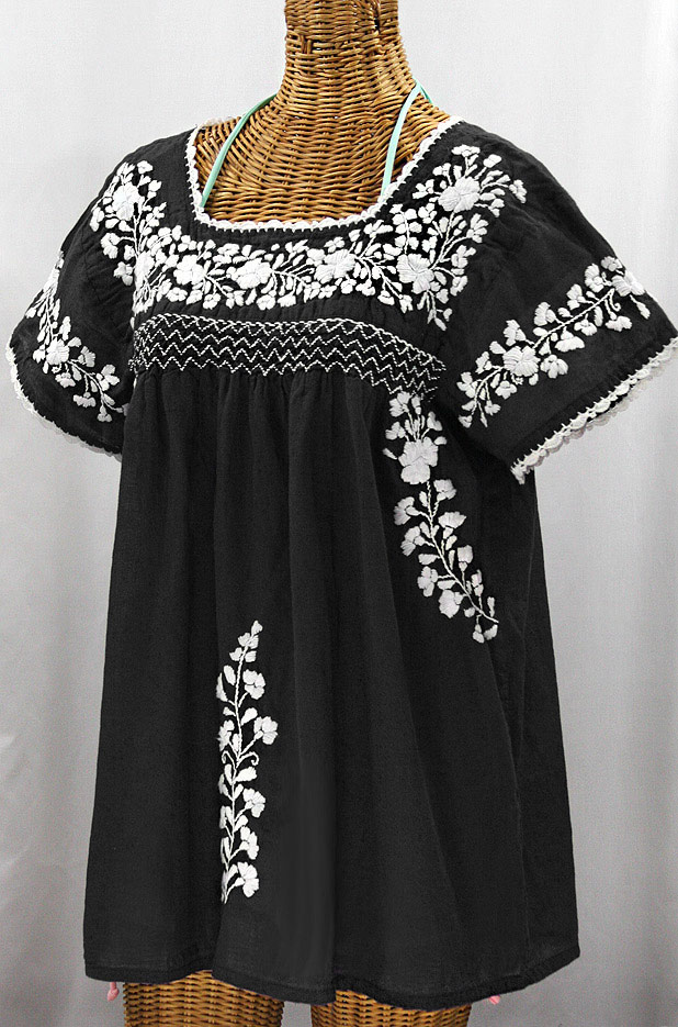 """""""La Marina Corta"""" Embroidered Mexican Peasant Blouse - Black + White"""